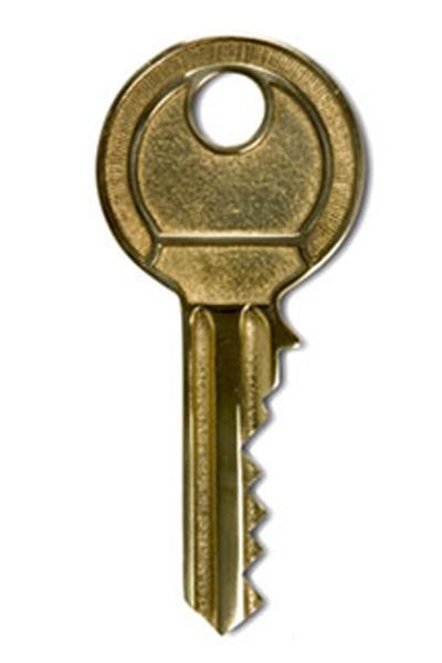 Übergabe Zylinder Schlüssel in Messing